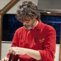 DONS_ROUND-FOUR-Chef-Evans-02-Horz_s4x3_al
