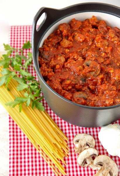 Italian Sausage Spaghetti Sauce – Throwback Thursday