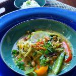 Fragrant Broccoli Slaw Chicken Curry